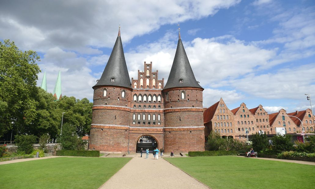 otto-photo Hansestadt Luebeck Holstentor